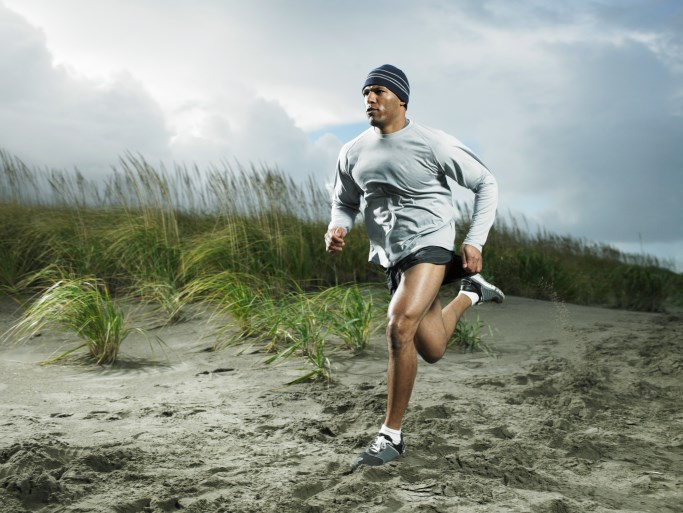 There is strong evidence showing exercise is effective as a treatment to relieve knee pain.