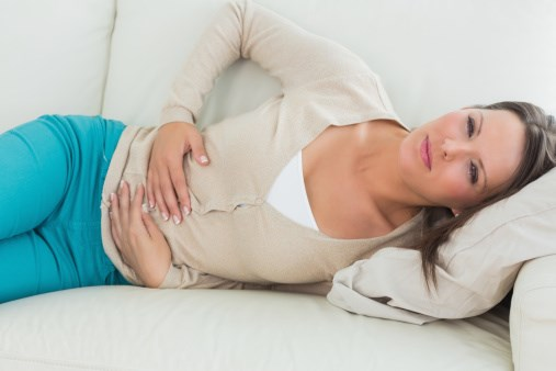There is an association between pelvic pain and poorer mental health outcomes in women with endometriosis.