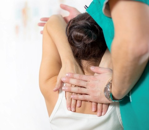 Real and sham chiropractic spinal manipulative therapy are equally likely to ease patients' migraine pain.