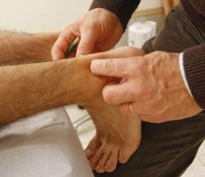 Fibromyalgia Screening in Patients With Chronic Pain: Two Simple Tests