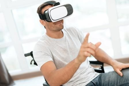 Virtual Reality Effective on Spinal Cord Injury-Related Chronic Neuropathic Pain