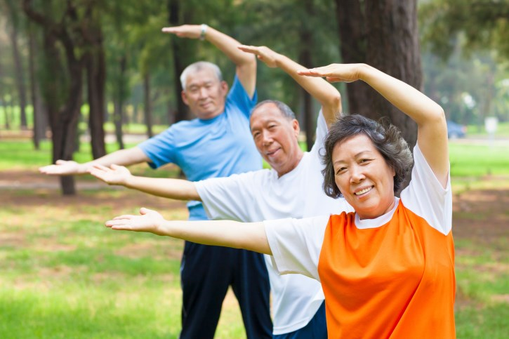 Low-Impact Exercise Can Benefit Arthritis Symptoms