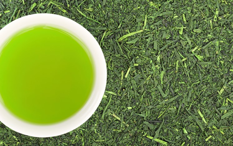 A molecule found in green tea may block a protein that causes the symptoms of RA.