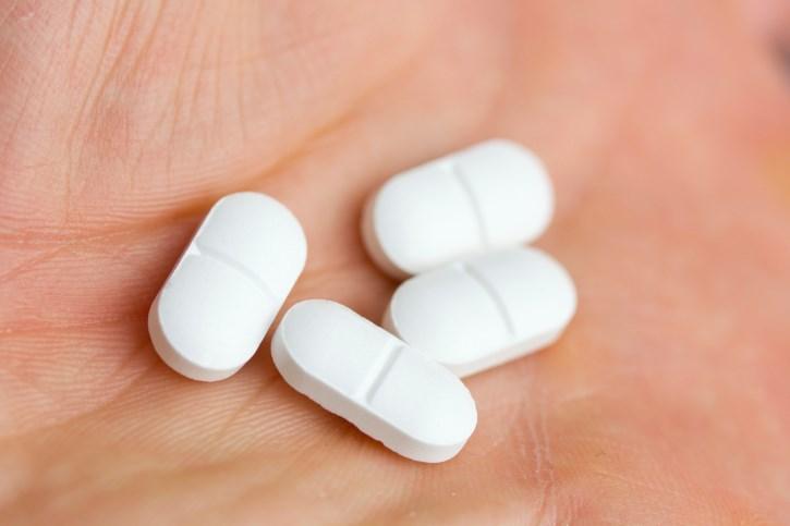 Prescription diclofenac a more effective choice for short-term pain relief, researchers say.