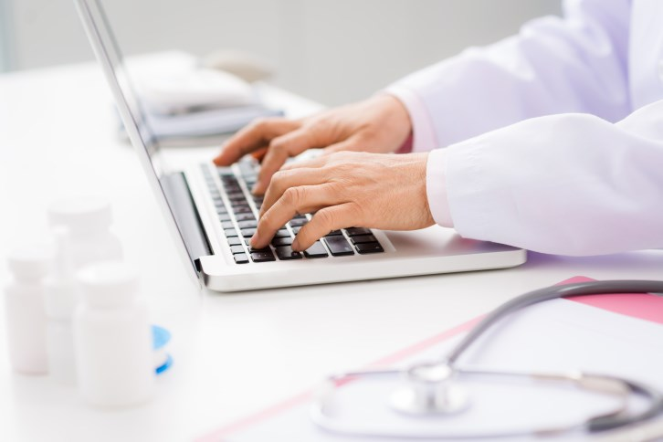 E-Prescribing Associated With Fewer Medication Errors, Adverse Effects
