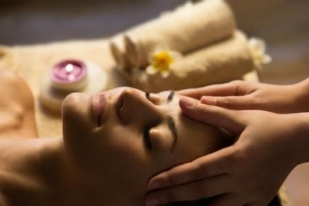Female Cancer Patients Benefit From Aromatherapy Massage