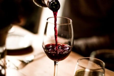 Moderate Alcohol Consumption May be Associated With Reduced Lupus Risk in Women