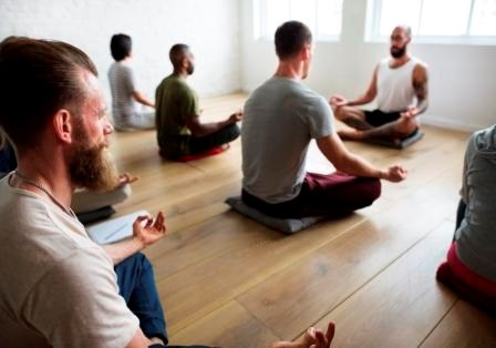 Major efforts to reduce opioid use have resulted in physicians embracing nonpharmacological pain treatments, including yoga.