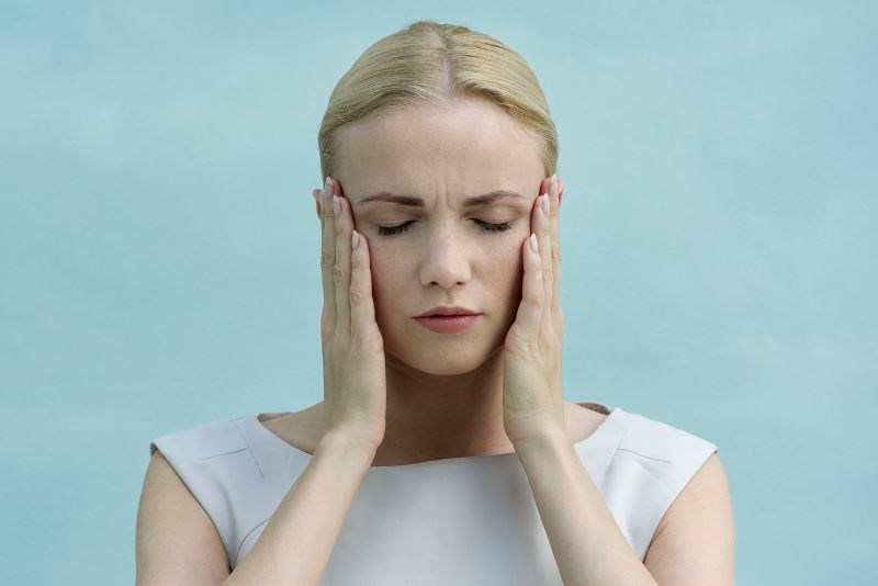 First-line therapies for trigeminal neuralgia include anticonvulsants such as carbamazepine and oxcarbazepine, which may be supplemented with baclofen and analgesics.