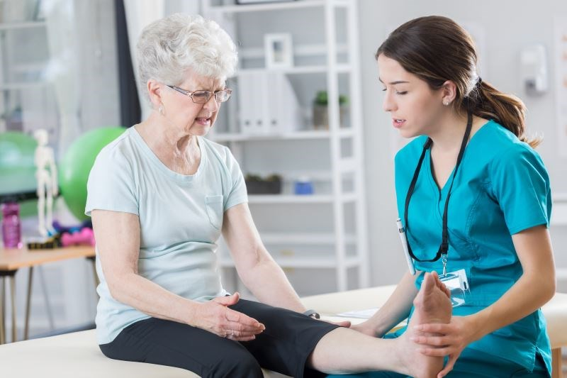 Neuropathic Pain Common in End-Stage Knee, Hip Osteoarthritis