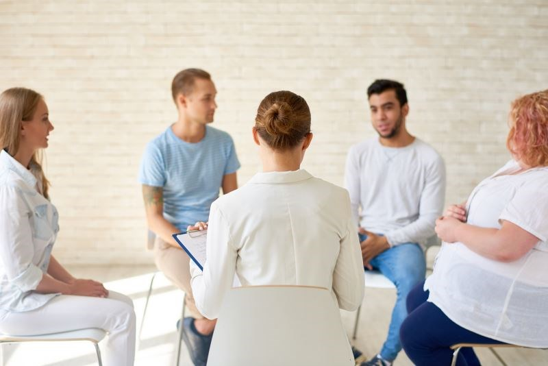 Literacy-adapted group cognitive behavioral therapy and group pain education may improve chronic pain and physical function compared with usual care.