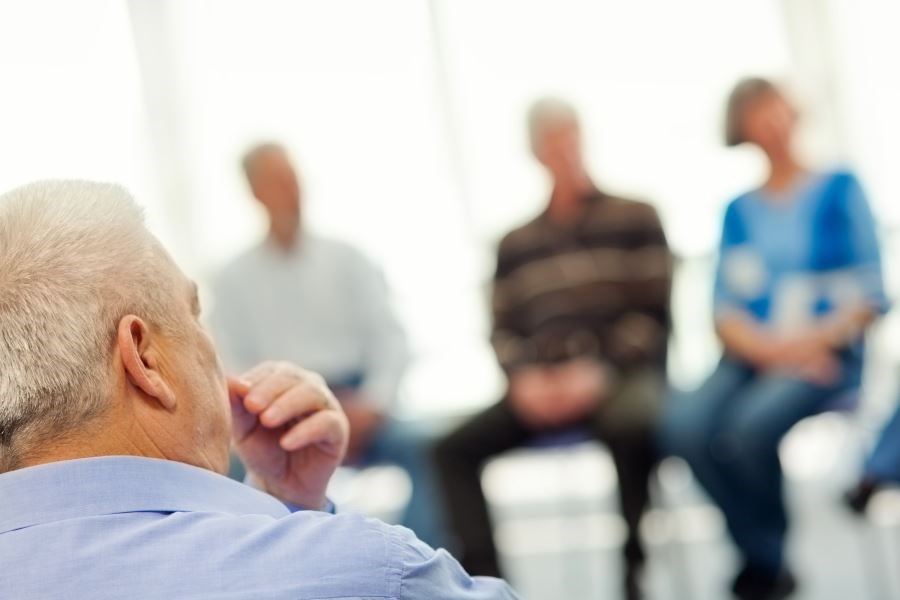 For this systematic review and meta-analysis, investigators searched 4 databases to identify clinical trials assessing the use of psychological interventions in older adults with chronic pain.