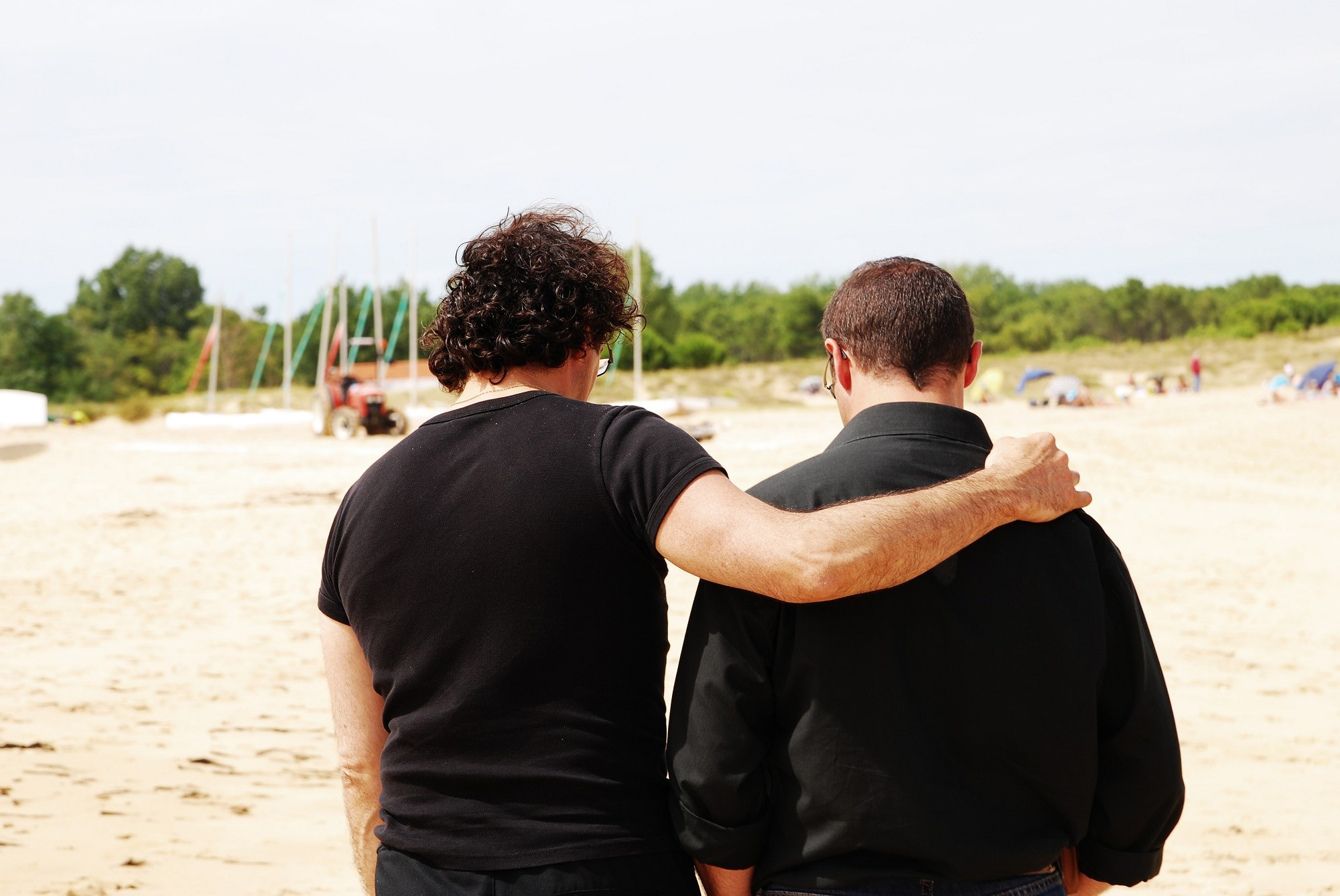 Social Support and Attachment Style May Affect Pain Experiences in Men With HIV