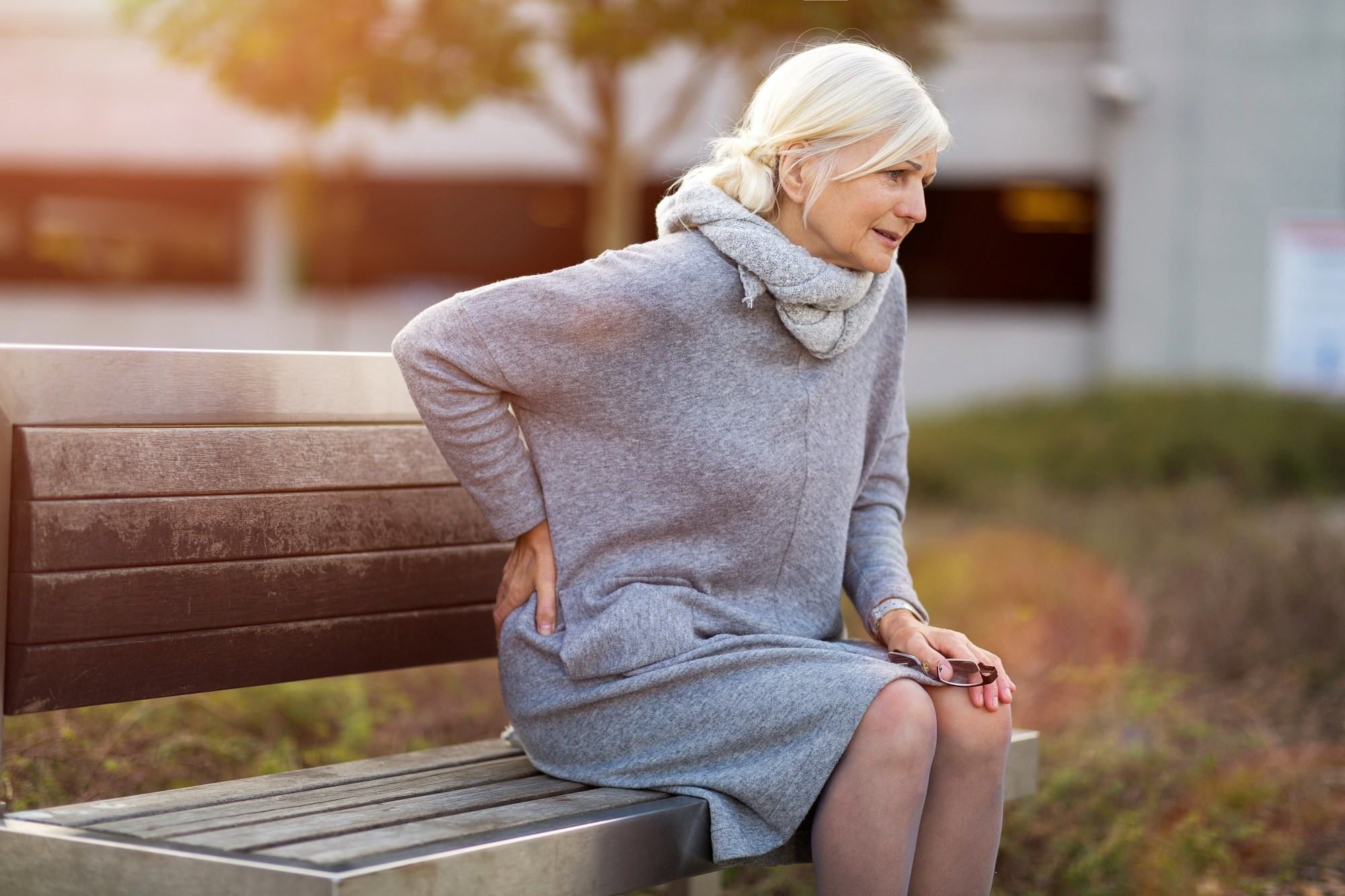 Frequent persistent back pain is associated with increased mortality in older women.