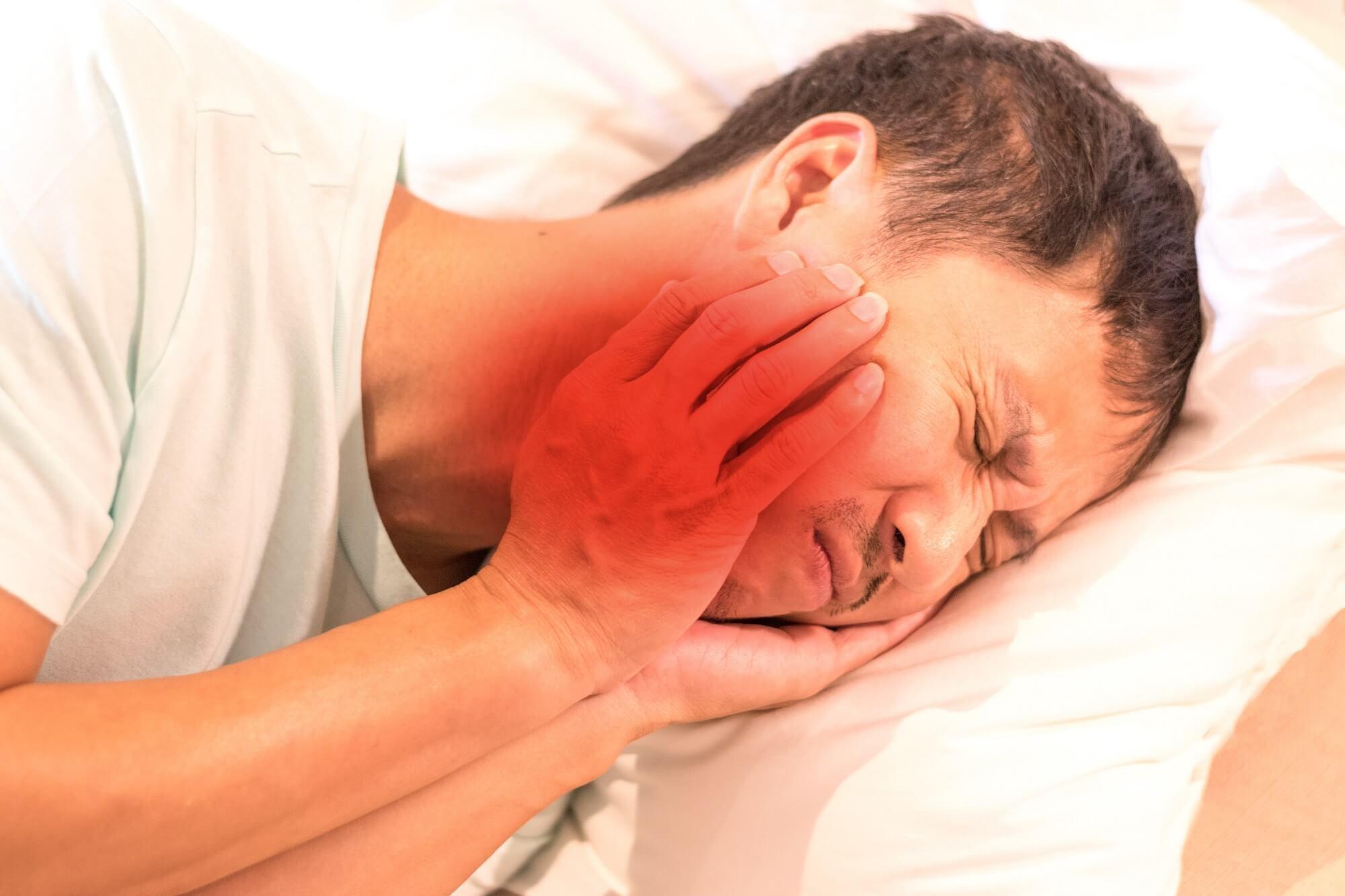 Generalized Mechanical Hyperalgesia in Chronic Migraine, Temporomandibular Disorder